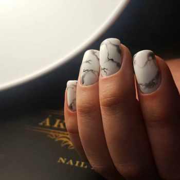 JamAdvice_com_ua_drawings-on-nails-stones-2
