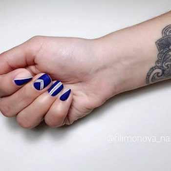 JamAdvice_com_ua_blue-nail-art-with-a-pattern_8