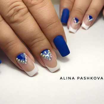 JamAdvice_com_ua_blue-nail-art-with-rhinestones_3
