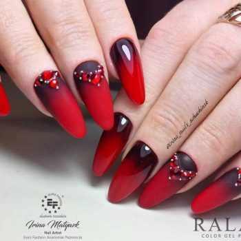 JamAdvice_com_ua_red-matte-nail-art_2