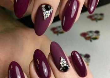 JamAdvice_com_ua_claret-manicure-with-rhinestones-10