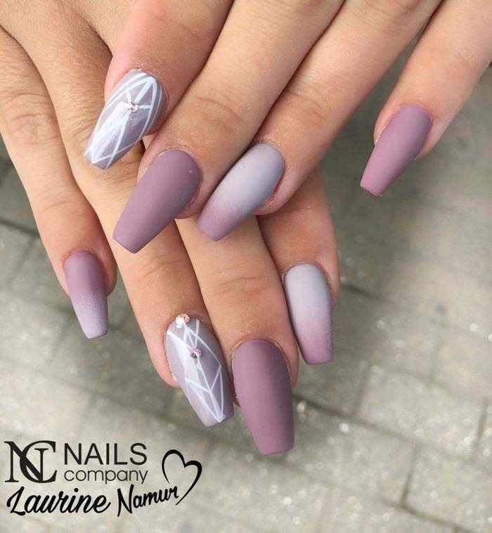 Матовые ногти омбре