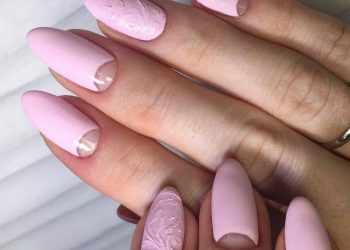 JamAdvice_com_ua_colorful-moon-manicure-37