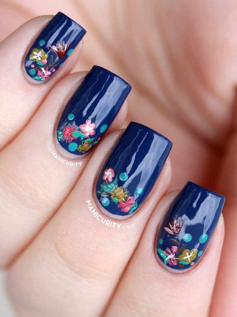 Маникюр цветы на ногтях 2020-2021 (20 фото)