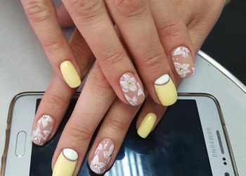 JamAdvice_com_ua_colorful-moon-manicure-42