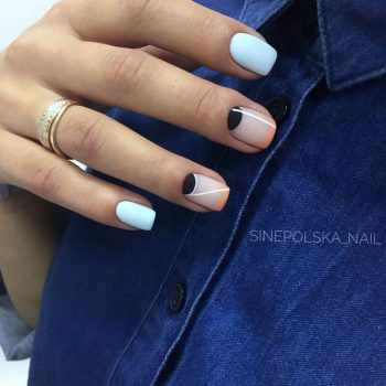 JamAdvice_com_ua_fashionable-moon-nail-art_2