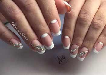 JamAdvice_com_ua_nude-moon-manicure-14