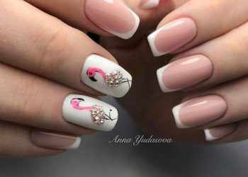 JamAdvice_com_ua_Manicure-french-and-moon-manicure-2b17e0a4e6e43c4028e9fbad0493564e