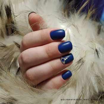 JamAdvice_com_ua_blue-nail-art-with-rhinestones_7