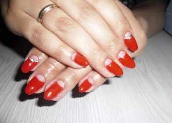 JamAdvice_com_ua_how-to-make-a-moon-manicure-05