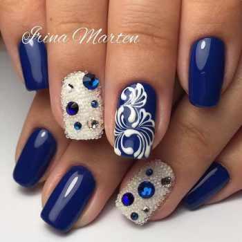 JamAdvice_com_ua_blue-nail-art-with-rhinestones_17