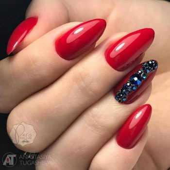 JamAdvice_com_ua_new-years-red-nail-art_12