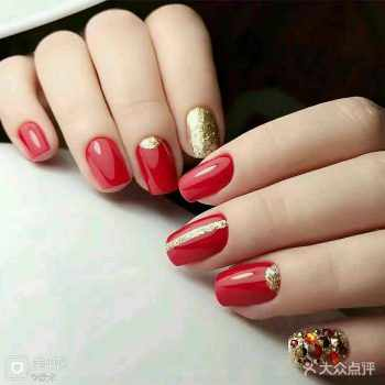 JamAdvice_com_ua_nail-art-red-with-gold_11