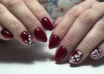 JamAdvice_com_ua_new-years-claret-manicure-11