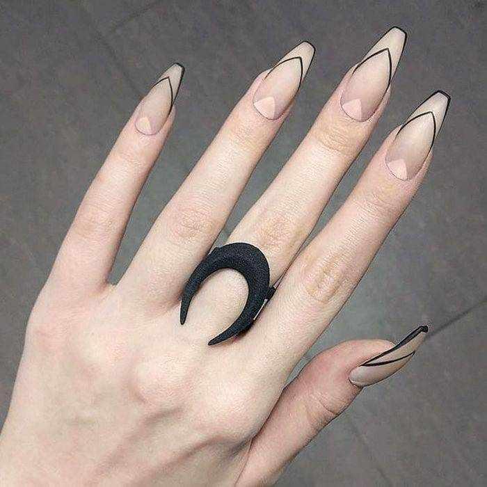 Матовый дизайн ногтей для формы Балерина