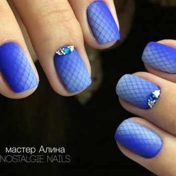 JamAdvice_com_ua_blue-matte-nail-art_12