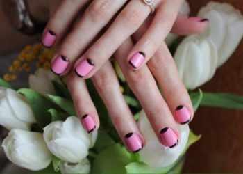 JamAdvice_com_ua_how-to-make-a-moon-manicure-07