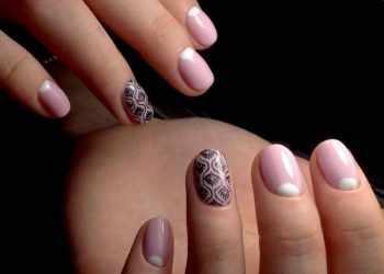 JamAdvice_com_ua_nude-moon-manicure-04