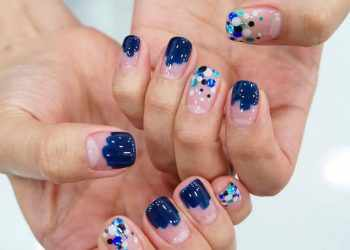 JamAdvice_com_ua_Negative-space-in-the-summer-manicure-27574018_401183373627648_1243807921737826304_n