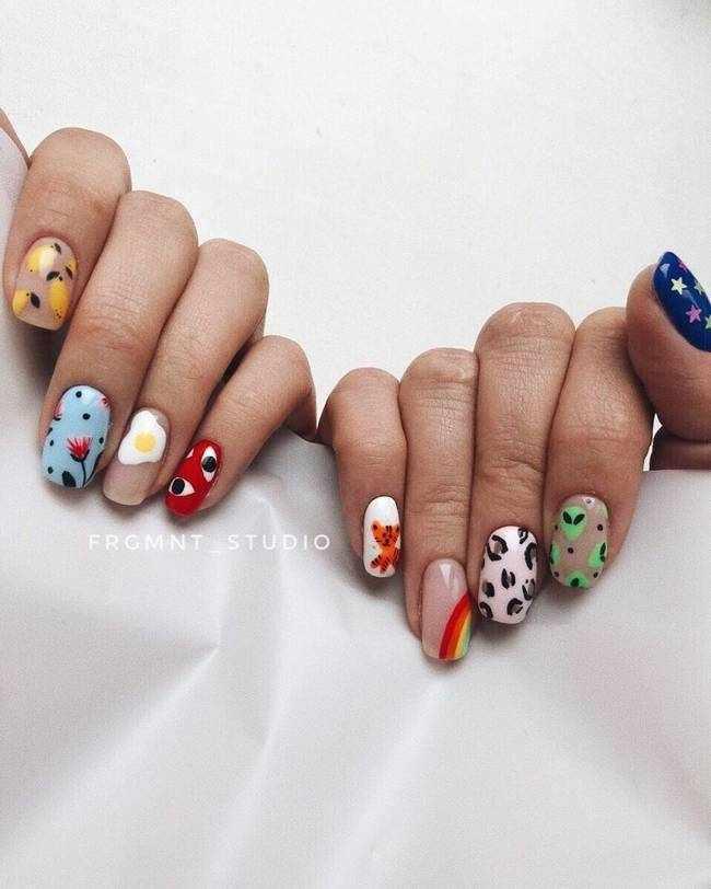 Модный дизайн ногтей с рисунками