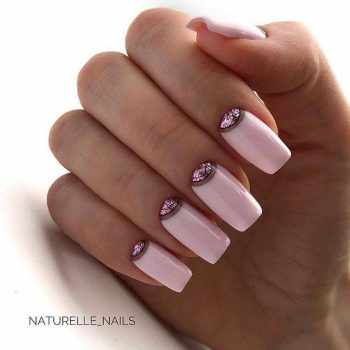 JamAdvice_com_ua_fashionable-moon-nail-art_4