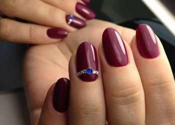 JamAdvice_com_ua_claret-manicure-with-rhinestones-09