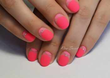 JamAdvice_com_ua_colorful-moon-manicure-28