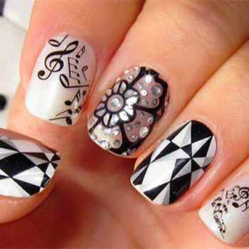 JamAdvice_com_ua_geometric_black_white_manicure_8