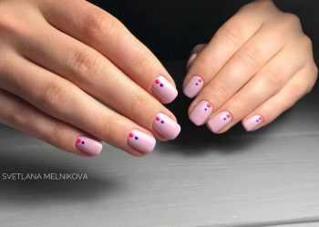 JamAdvice_com_ua_design-nails-2018-lines-dots12