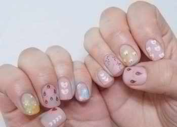 JamAdvice_com_ua_flowers-in-spring-manicure-01