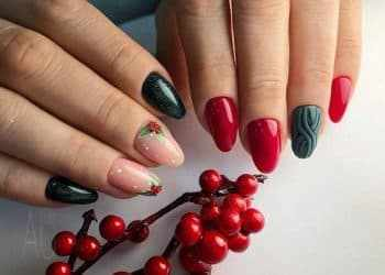 JamAdvice_com_ua_Drawings-on-the-nails-on-the-new-year-theme-12
