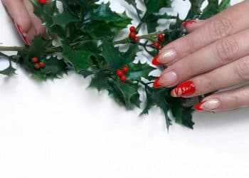 JamAdvice_com_ua_Drawings-on-the-nails-on-the-new-year-theme-22