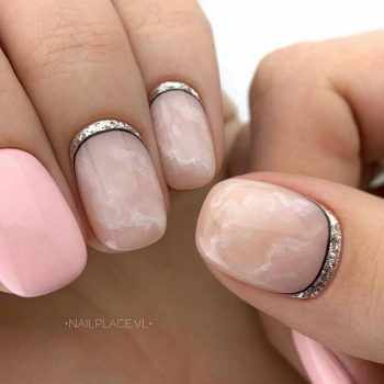 JamAdvice_com_ua_fashionable-moon-nail-art_5