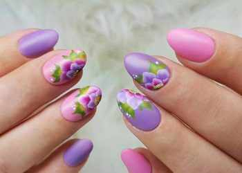 JamAdvice_com_ua_flowers-in-spring-manicure-40