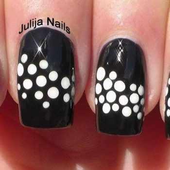 JamAdvice_com_ua_polka_dot_manicure_1