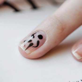 JamAdvice_com_ua_Transparent-manicure-Spring_13