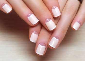 JamAdvice_com_ua_nude-moon-manicure-05
