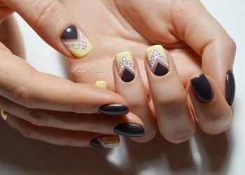 JamAdvice_com_ua_colorful-moon-manicure-23