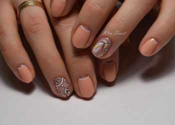 JamAdvice_com_ua_nude-moon-manicure-09