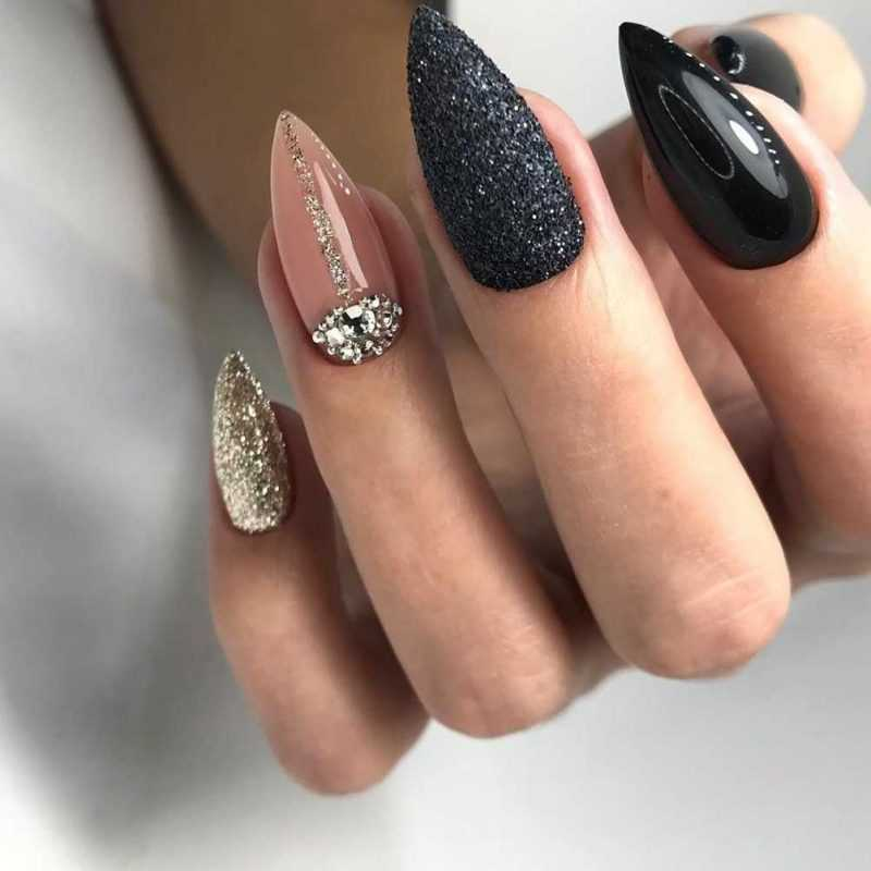 sharp-nail-90