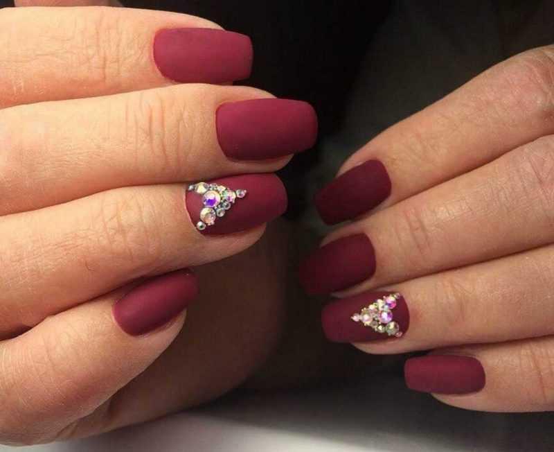 bordo-nails_129
