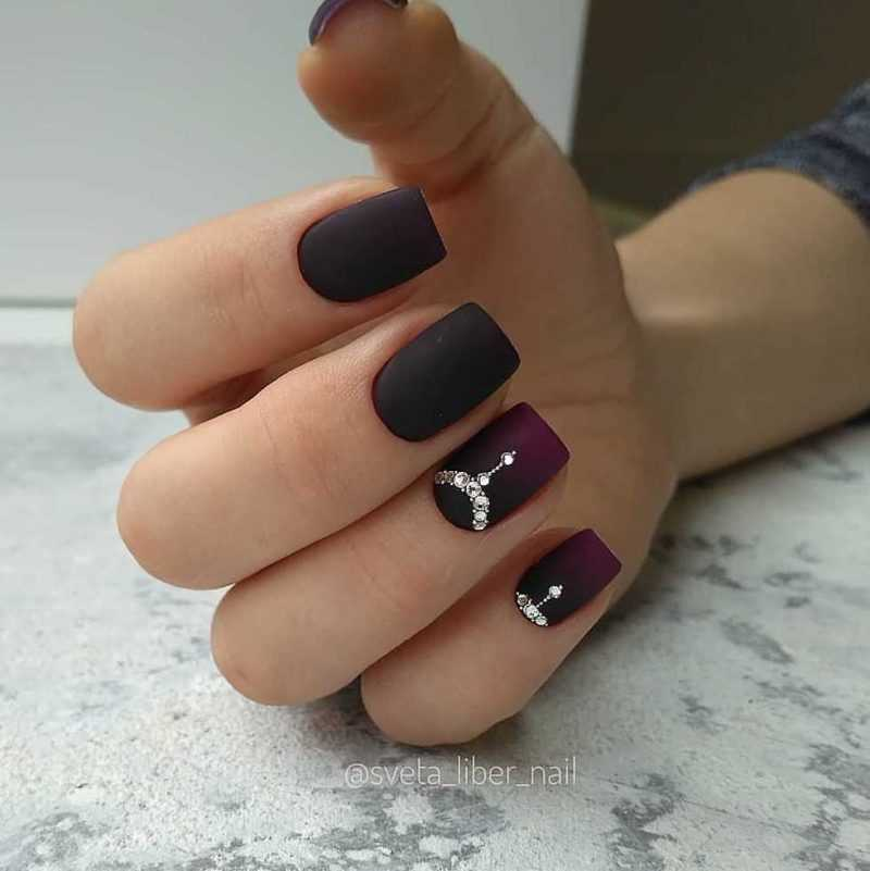 black-nails-94