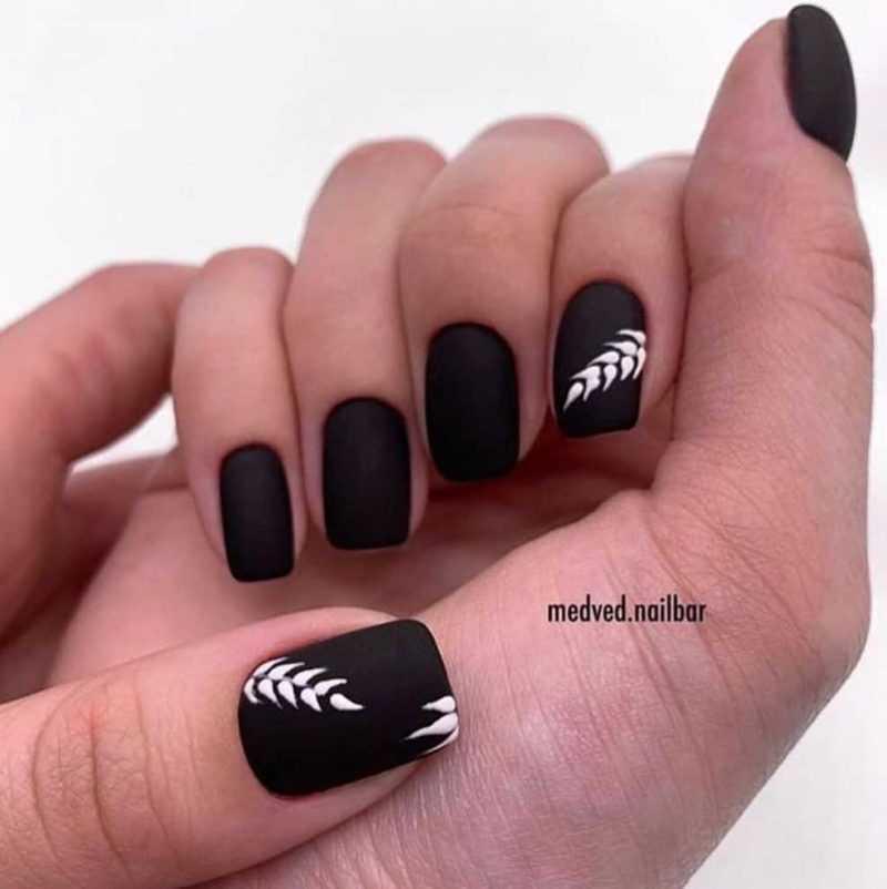 black-nails-75