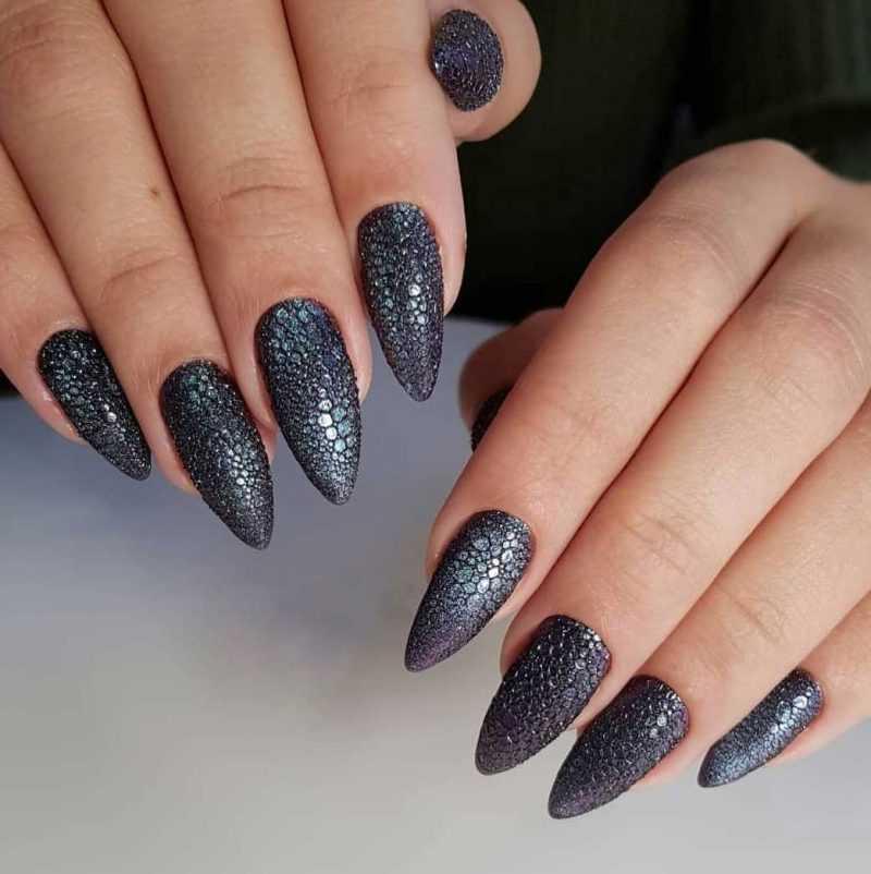 sharp-nail-103