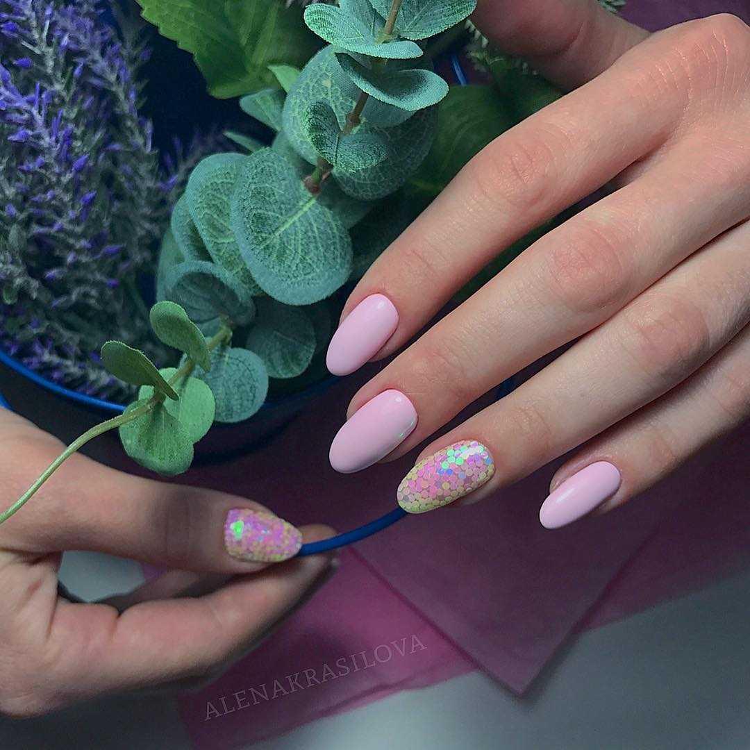 битое стекло розовое