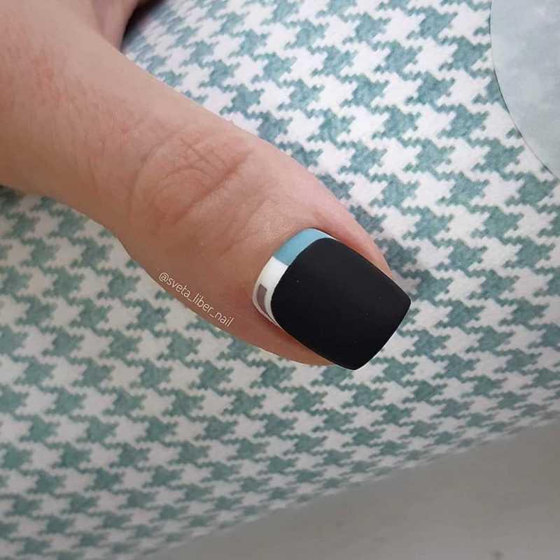 black-nails-126