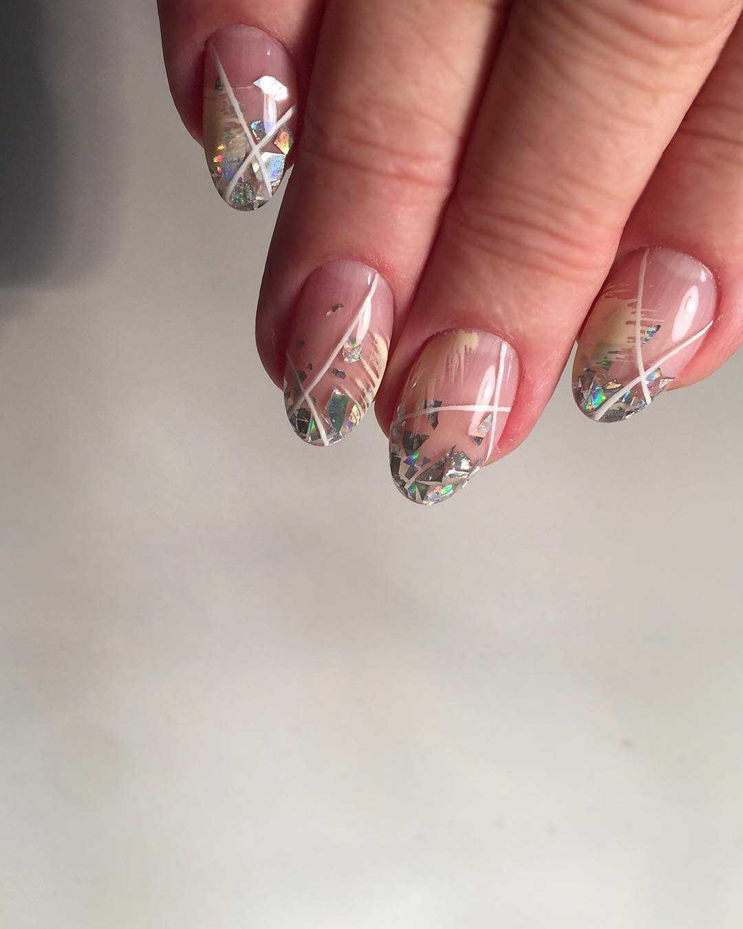 идеи дизайна миндалевидных ногтей