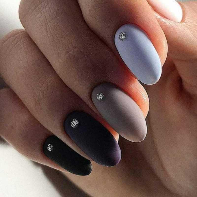 black-nails-107