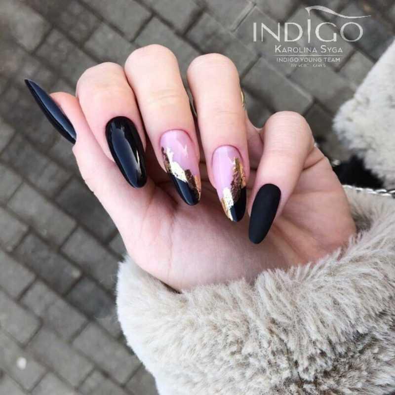 black-nails-43