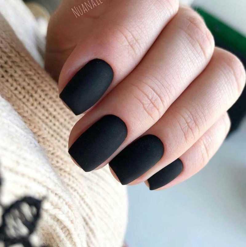 black-nails-142